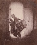 [Organ Grinder at 21, quai Bourbon, Ile Saint-Louis, Paris]